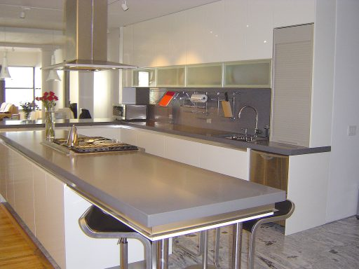 Chelsea Kitchen 300