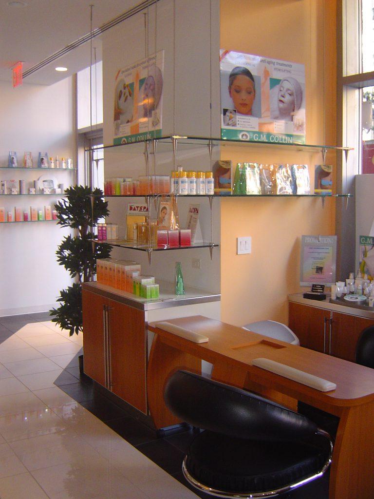 Spa Retail Area 768