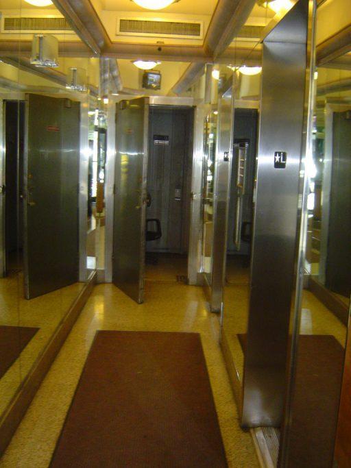 Before Elevator Walkway 512