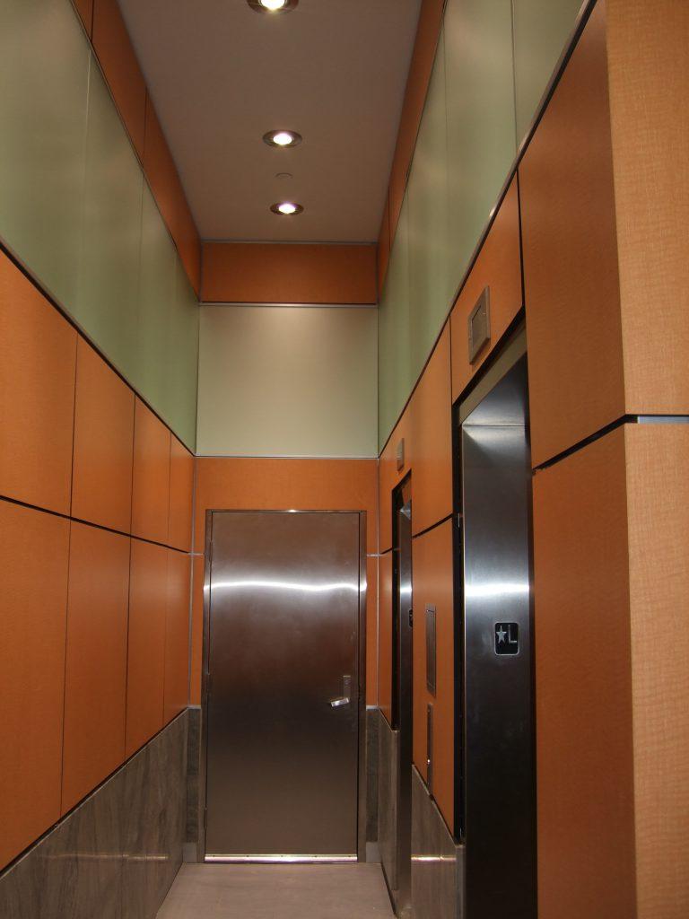 Lobby Walkway 768